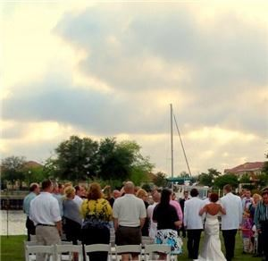 Weekend Rates Package, Palafox Wharf Waterfront Reception Venue, Pensacola — Brides love to be married on The Lawn.