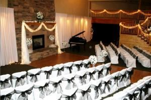 Friday And Saturday Wedding Package, The Lodge At Lake Bowen Commons, Inman