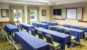 Meeting Package, Hampton Inn Tampa-Veterans Expressway/Waters Avenue, Tampa