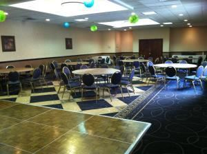 Party Planner Package, Clarion Hotel Greensboro Airport, Greensboro — Another view of our Jamestown room