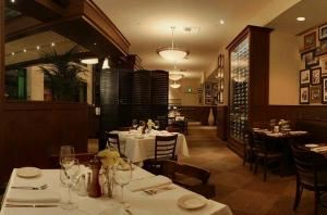 Semi-Private Dining Room 2, Daily Grill On Century Boulevard in LA, Los Angeles