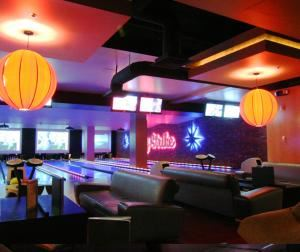 Luxe Lounge, Lucky Strike LA Live, Los Angeles