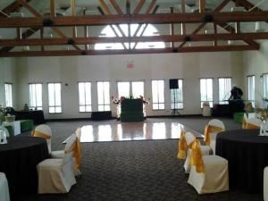 Monday – Thursday Rental, The Crestview Room At Cedar Crest Golf Course & Banquet Facility, Dallas