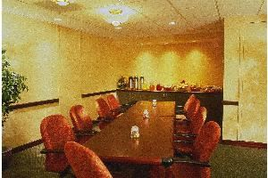 Board Room B, Holiday Inn Express Midtown, Philadelphia — Accommodates 8-15 people.  All rooms include telephone with modem jack, individual climate control, blackout drapes, adjustable lighting and complimentary high-speed wireless internet access.