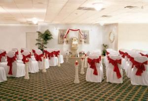 Venue Rental (starting at $850), Quality Inn & Suites, Livonia — Weding Chapel