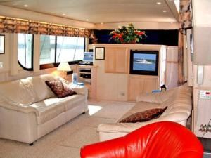 Pelican Rental from $1850, Capital Yacht Charters, Washington