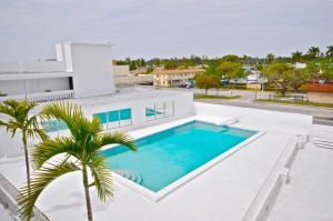 Roof Deck, GlassHaus Studios, Miami