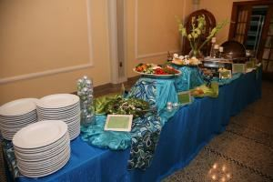 A Summer Dinner Buffet at $25 per person, A Grand Affaire Catering, Seattle