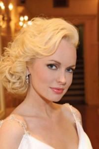 Bridal Hair & Makeup Agency - Fairfield, Connecticut, Greenwich — Our extraordinary team of professional hair and makeup artists are available for all your beauty needs. Whether classic, retro, modern, or high fashion,we take pride in making your special day flawless! We encourage a trial run, so you can explain your vision and see the result beforehand, ensuring perfection and a memorable look for your day and for years to come in your photos. On-location services are available for any setting, and we accommodate any and all bridal party sizes.