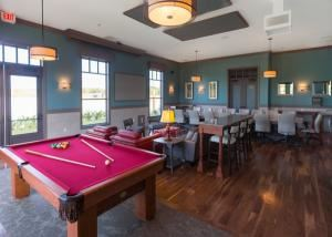Board Room/Game Room - 102, NOAH'S Event Venue - Richardson, Richardson
