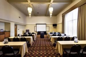 Envoy Room Rental, Best Western Plus -Cedar Bluff Inn, Knoxville