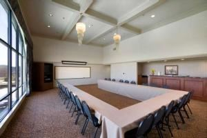 Boardroom, Best Western Plus -Cedar Bluff Inn, Knoxville