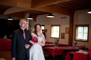 Wedding Rental, Hollinshead Barn, Bend