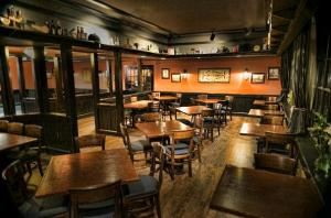 McMahon's Irish Pub & Restaurant, Warrenton