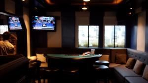 AAA Triple Diamond Events Casino Party & Poker Rentals, Fountain Valley — Having a Birthday Party, Reunion, or Poker Party? Why not give your guests something to do. AAA Triple Diamond Events Casino Party & Poker Rentals has Blackjack Tables, Roulette Tables, Craps Tables and Poker Tables for rent. With or without fun, knowledgable Dealers in Uniform. 