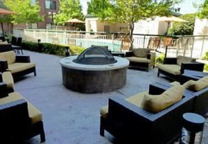Outdoor Fire Pit, Courtyard Dallas DFW Airport South/Irving, Irving