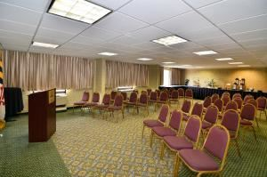 Dulaney Room, Best Western Plus Towson Hotel & Suites, Towson — Conference