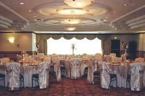 Sequoia Room, Radisson Hotel & Conference Center Fresno, Fresno