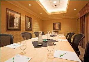 Milano Boardroom, Holiday Inn Hotel & Suites Maple Grove NW Mpls-Arbor Lks, Osseo