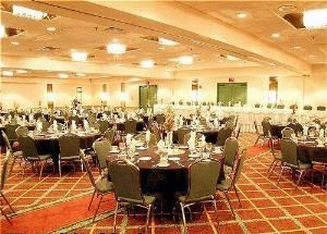 Beacon Ballroom, Crown Plaza Hotel & Suites Bloomington-Airport-Mall Of America, Minneapolis