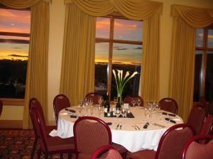 The Falcon Room, The Links Of GlenEagles, Cochrane