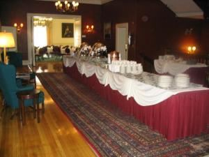 Lunch Buffets From $28, The Algonquin Club, Boston