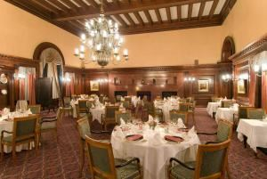 Main Dining Room, The Algonquin Club, Boston