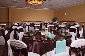 Buffets From $44.95, Holiday Inn Main Gate East, Kissimmee — Cyprus Ballrom - Banquet Rounds