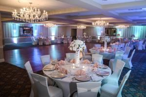Sterling Ballroom at the Doubletree Hotel Tinton Falls - Eatontown, Eatontown