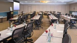 Summit 10, DoubleTree by Hilton Hotel Philadelphia - Valley Forge, King of Prussia