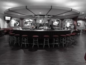 Bar, Long Beach Petroleum Club, Long Beach — Circular Bar