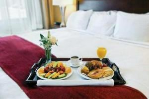 Continental Breakfast From $10.99, Radisson Hotel Largo - Washington DC, Upper Marlboro