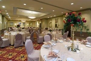 Grand Ballroom, Radisson Hotel Largo - Washington DC, Upper Marlboro