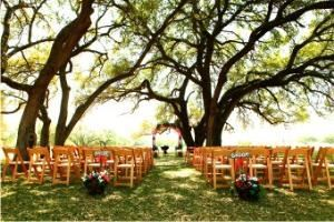 Live Oak Ceremony Site , Sandy Oaks Ranch, Devine — Live Oak Pavilion wedding site at Sandy Oaks Ranch