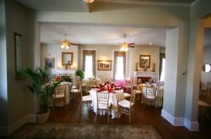 Main Room, The Marlow House, Marietta