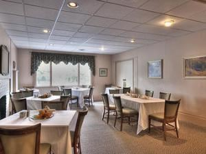 Lounge, Guelph Country Club, Guelph