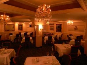Rivera Room, Giovanni's On The Hill, Saint Louis