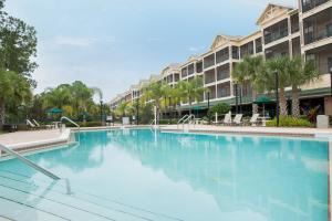 Entire Facility, Palisades Resort Orlando, Winter Garden — Relax and enjoy the spacious and remote location with meeting space for up to 100 guests; boardroom, banquet and meeting space available.