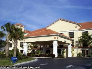 Holiday Inn Express Hotel & Suites Clearwater North/Dunedin, Dunedin