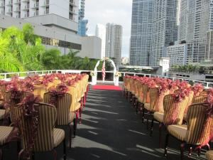 South Beach Lady Wedding Special Starting at $9,300, South Beach Lady Yacht, Miami