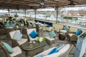 Waterfront Wedding Package, L'escale Restaurant Bar, Greenwich