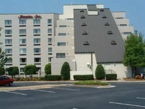Hampton Inn Raleigh-Crabtree Valley, Raleigh — Welcome to the Hampton Inn Raleigh-Crabtree Valley