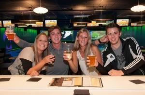 Taproom, Airway Lanes, Portage
