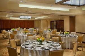 Lunch Buffets From $36.95 Per Person, Embassy Suites Hotel At The Chevy Chase Pavilion, Washington