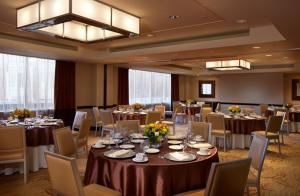 Dinner Buffets From $54.95 Per Person, Embassy Suites Hotel At The Chevy Chase Pavilion, Washington