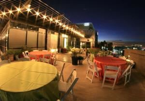 Summer cooling special, Studios 5c Rooftop Patio, Tempe