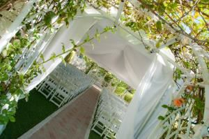 Outdoor Chapel Rental, Tennesse Gardens, Redlands