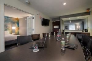 Conference Suite 232 & 332, DFW NORTH COURTYARD BY MARRIOTT, Irving