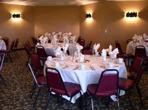 Riverbluff Room, Riverwood Inn & Conference Center, Monticello
