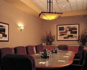 Boardroom, Embassy Suites Omaha - Downtown/Old Market, Omaha